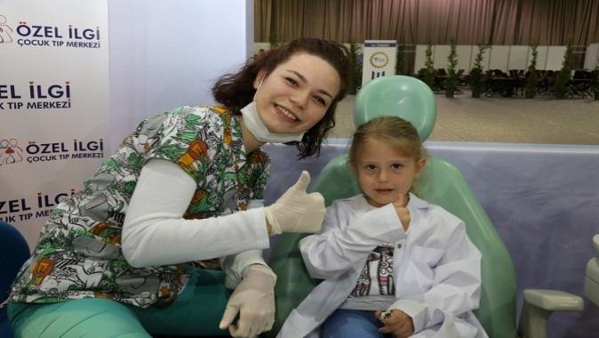 Çocukların dişleri sapa sağlam