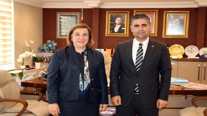 Gönül'den Başkan Turan'a tebrik