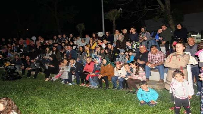 Kandıra'da açık hava sineması
