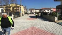 Alikahya'da yollar tamir edildi