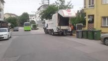 Çöp konteynerleri yıkanıyor