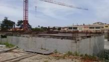 Kandıra hizmet binasının çevresi betonarme duvarla kaplandı