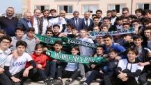 Kocaelisporlu futbolcuların kermes katılımı