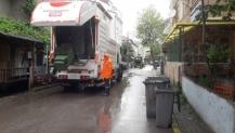 Körfez'de çöp konteynerleri sürekli yıkanıyor