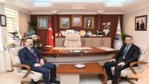 Valimizden Kandıra Belediye Başkanı Turan'a Hayırlı Olsun Ziyareti